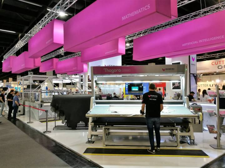 Thagora Leather Scanning Machine Interzum